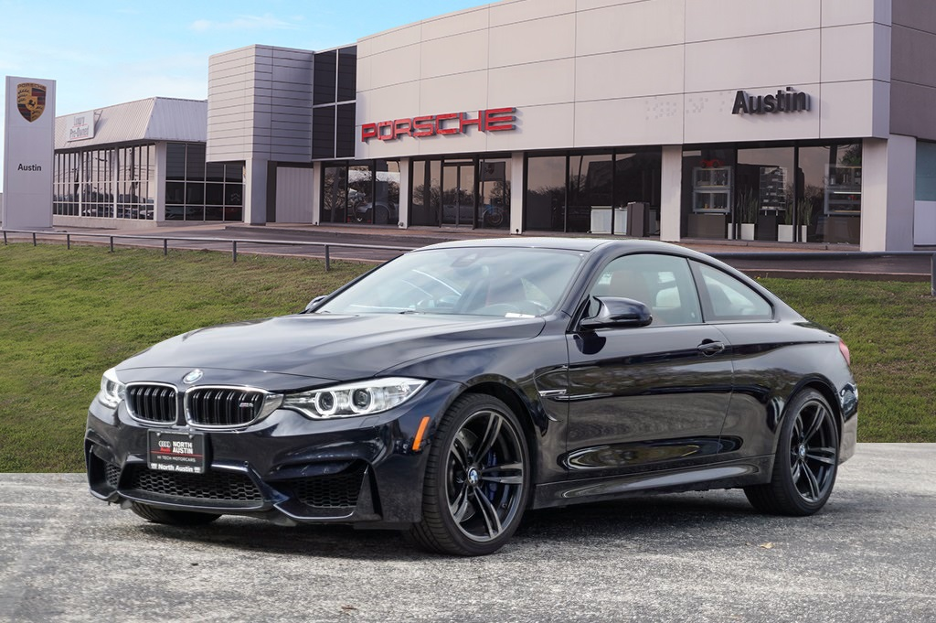 Pre-Owned 2017 BMW M4